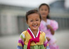 Smiling kids in Pyongyang - North Korea | Flickr: partage de photos!