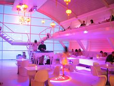 Don't come to supperclub if you're in search of a traditional restaurant, have lazy taste buds or are scared of new experiences. However, if you're looking for an unusual dinner experience in an unexpected place and are not afraid to discover the creative corners of your personality, then knock on supperclub's door. Visit www.xplorela.com