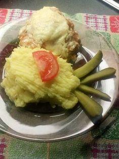 Tejfölös-sajtos csirkecomb krumplipürével