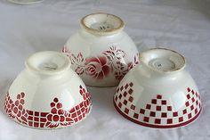 Lot  bols rouges anciens faïence Digoin Sarreguemines Raisin Rose Fleur Damier