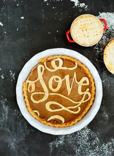 Calligraphy Pie Crust - 8 Unique + Homemade Pie Crust Designs on HGTV Just Desserts, Dessert Recipes, Pie Dessert, Dessert Buffet, Pie Crust Designs, Caramel Chocolate Chip Cookies, Holiday Pies, Homemade Pie Crusts, Thanksgiving Pies