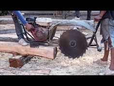 Automatic Homemade Wood Sawmill Machines Modern Technology – Extreme Fast Wood Cutting Machine – Life and Relax Portable Bandsaw Mill, Wood Cutting, Diy Tools, Woodworking, Technology, Homemade, Cool Stuff, Modern, Mille