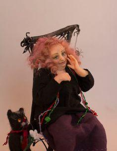 2 Girl/'s Dresses Kit #DR103  Dollhouse Miniature