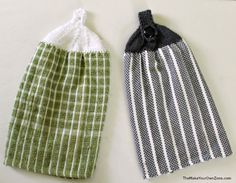 Free Knitting Pattern - Knit these quick and inexpensive towel toppers using Dollar Store dish towels and your leftover yarn Dishcloth Knitting Patterns, Knit Dishcloth, Finger Knitting, Easy Knitting, Crochet Patterns For Beginners, Knitting For Beginners, Knitted Washcloths, Knitting Projects, Knitting Tutorials