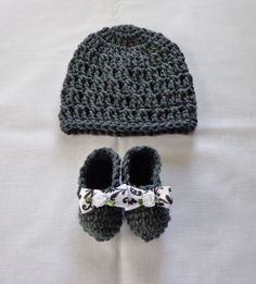 Newborn Baby Girl Crochet  Beanie Hat & Booties Set  Photo Prop 0-3 mo Handmade ebay 9.99