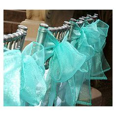 TIFFANY BLUE WEDDINGS | love the bows