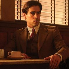 Colin Farrell - Ask The Dust Beautiful Celebrities, Gorgeous Men, Colin Farrell Movies, Ask The Dust, Amelia Peabody, Creepy Guy, Cute White Boys, Russian Men, Jonathan Rhys Meyers