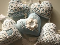 ★ gorgeous crocheted hearts