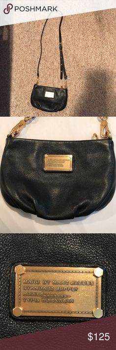 Gently used Black Marc jacobs Crossbody No flaws in like new condition on outside, a couple small stains on inside from carrying one of my makeup items inside, no other flaws gold hardware soft leather high quality Marc Jacobs Bags Crossbody Bags
