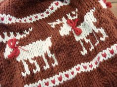 ResQCrafts: Moose Fair Isle Hat - Free Knitting Pattern.  So cute! Maybe someday I will knit well enough to try this!