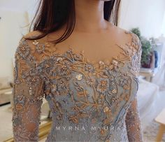 Ideas for embroidery bead simple Kebaya Lace, Kebaya Brokat, Batik Kebaya, Dress Brokat, Kebaya Dress, Batik Dress, Lace Dress, Model Kebaya Modern, Kebaya Modern Dress