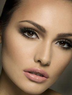 Love the smokey eye and the nude gloss/lipstick! So classy.