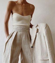 70s Fashion, Fashion 2020, Modest Fashion, Look Fashion, Korean Fashion, Fashion Beauty, Fashion Dresses, Vintage Fashion, Fashion Trends