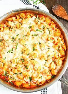 Low FODMAP & Gluten free Recipe - Chicken pasta bake http://www.ibssano.com/low_fodmap_recipe_chicken_pasta_bake.html