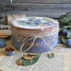 Nizaeva Viktoriya Низаева Виктория Decoupage Box, Cool Words, Planter Pots, Mixed Media, Decorative Boxes, Shabby Chic, Php, Crafts, Beautiful