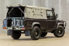Land Rover Defender 110 Tdi soft Top canvas lifestyle
