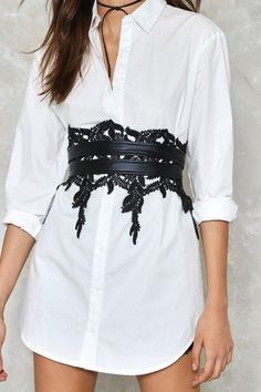 Just leaf 'em. The Leaf 'Em Hanging Belt features a leaf crochet design at front and vegan leather tie closure at back. Wrap it around your waist and wear it with an oversized white shirt and dark lips. Fashion Belts, Fashion Outfits, Fashion Hair, Boyfriend Shirt Dress, Older Women Fashion, Womens Fashion, Oversized White Shirt, Corset Belt, Casual Winter Outfits