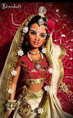 The Porcelain China Diane Barbie India, Original Barbie Doll, Indian Dolls, Poppy Parker, Barbie Dress, Barbie Gowns, Black Barbie, Barbie Friends, Barbie World