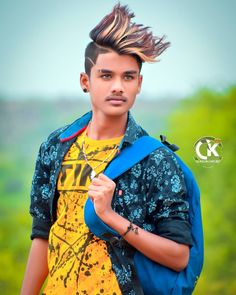 Cool Boy New Poses Pic Photography Poses collection Poses for boy - All In One Only For You (Aioofy) Studio Background Images, Background Images For Editing, Black Background Images, Photo Poses For Boy, Best Photo Poses, Good Poses, Photoshop Presets, Photoshop Images, Photography Poses For Men