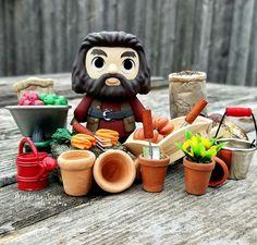 Scène jardinet miniature fimo / Hagrid / plantes / légumes / accessoire miniature Miniature, Harry Potter, Kawaii, Fimo, Plants, Miniatures