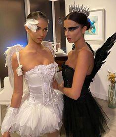 Hot Halloween Costumes, Trendy Halloween, Halloween Inspo, Cute Costumes, Halloween Kostüm, It Costume, Black Couple Halloween Costumes, Marilyn Monroe Halloween Costume, Ballerina Halloween Costume