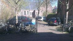 Ingang in Middelburg.  Open toegankelijk en uitnodigend