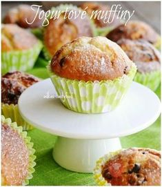 Overený recept naJogurtové muffiny. Sweet Recipes, Cake Recipes, Dessert Recipes, Cheesecake Pops, Cap Cake, Oreo Cupcakes, Love Food, Nutella, Breakfast Recipes