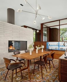 Get inspired by these unique mid-century chandeliers that will provide that ultimate touch to your mid-century modern interior!