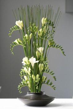 Flowers Design Arrangement Ikebana 65 Ideas For 2019 Arrangements Ikebana, Ikebana Flower Arrangement, Modern Flower Arrangements, Church Flowers, Fall Flowers, Love Flowers, Beautiful Flowers, Flowers Nature, Exotic Flowers
