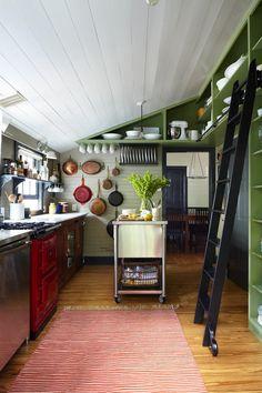 Offene Küche im Dachraum Dachschräge