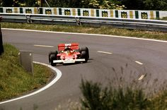 Jochen Rindt, Lotus 72C, on his way to victory at Clermont-Ferrand 1970.