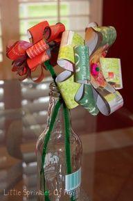 Recycled Magazine Flowers #Cake