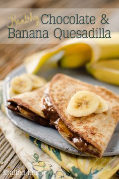 these where very tasty Healthy Chocolate & Banana Quesadilla Recipe - Krafted Koch - A quick and simple, dessert or snack recipe that will fill you up and is still healthy! Just Desserts, Delicious Desserts, Yummy Food, 3 Ingredient Desserts, Breakfast Recipes, Dessert Recipes, Breakfast Healthy, Cocina Natural, Healthy Peanut Butter