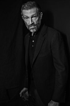 Vincent Cassel Vincent Cassel, Portrait Photo, Actors, Celebrities, People, Fictional Characters, Conversation, Style, Portraits