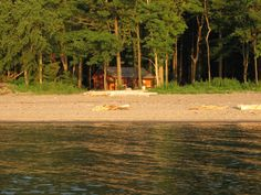 Beachfront On Lake Erie Sunset Cottage Vacation