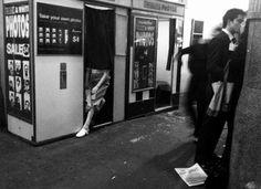 Misho Baranovic | Street Photography | Flinders Street Station, Melbourne