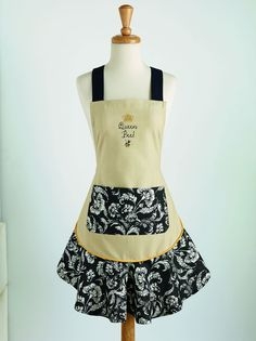 Queen Bee Fun & Flirty Ruffled Apron