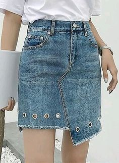 Sewing Skirts Jeans Diy Ideas New Ideas - Diy Crafts Recycled Fashion, Recycled Denim, Jean Diy, Robes Pin Up, Denim Skirt Outfits, Denim Skirts, Denim Dresses, Jeans Dress, Fashion Dresses