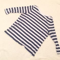 Gap Navy and White Striped Boatneck Tee three quarters sleeve navy and white striped t from gap. worn and a little faded but in good condition! has a few pillys GAP Tops
