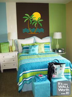 Teen Girl Bedrooms concept - Truly basic and incredible teenage girl room inspirations and tips. For more exceptional decor ideas please pop by the image link now Small Bedroom Designs, Small Room Design, Small Bedrooms, Design Bedroom, Teen Girl Bedding, Teen Bedroom, Modern Bedroom, King Bedroom, Nursery Bedding