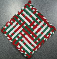 Holiday Chic Woven Potholder by DoorsiDell on Etsy