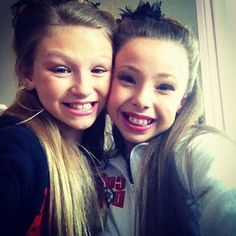 Autumn Miller <3 and Sophia Lucia!!! What a good pic!! My two inspirations in 1!!!!
