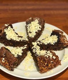 Nøddekage med appelsin, kanel og chokolade - Egeriis kager