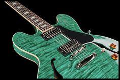 Gibson ES-335 Figured Trans Quilt - Thomann www.thomann.de Colour: Trans Quilt #premium #beautiful #green #guitar #gibson #custom