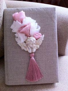 Melek figürlü, el yapımı çiçekli, keten ,vintage anı defteri, bebek doğum anı defterleri, doğum odası organizasyonu