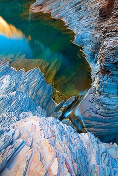 Karijini National Park, Western Australia  ♥ ♥ www.paintingyouwithwords.com