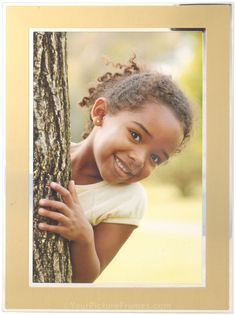Metro Gold Picture Framehttp://www.yourpictureframes.com/products/Metro-Gold-Picture-Frame.html