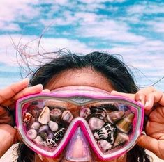 Find images and videos about summer, aesthetic and beach on We Heart It - the app to get lost in what you love. Summer Goals, Summer Of Love, Summer Sun, Summer Beach, Hawaii Beach, Ocean Beach, Summer Photos, Beach Photos, Tumblr Beach Pictures