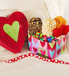 Last Minute Gifts: Delivered Popcorn Baskets - Sweet! Valentines Day