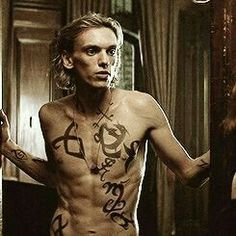 Shadowhunters the mortal instruments ➰ jace Mortal Instruments Movie, Shadowhunters The Mortal Instruments, Jace Wayland, Jamie Campbell Bower, Cassandra Jean, Serie Got, To The Bone Movie, Clary And Jace, City Of Bones